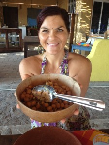 Natalie Nitarski ravintola Luz del Solista tarjoilee kikherneitä hunajassa